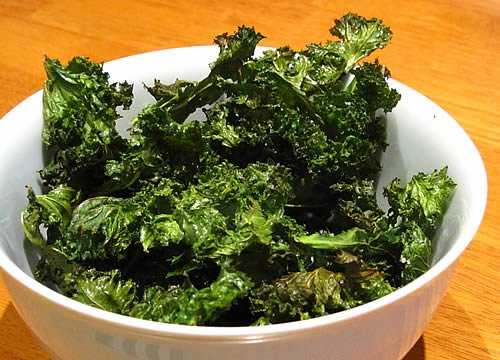 Baked Kale Chips - Eating Rules
