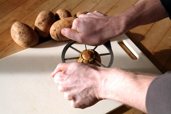 Easy Way to Cut Potatoes