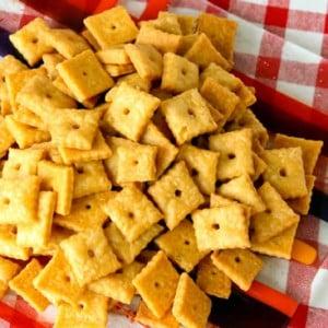 Homemade Whole-Wheat Cheeze-Its,