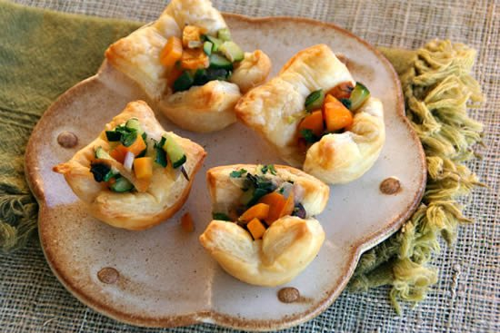 Veggie puff pastry cups and a game eating rules for Phyllo dough recipes appetizers indian