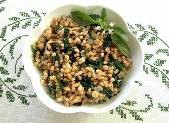 Farro with Spinach, Basil, Lemon, and Pine nuts