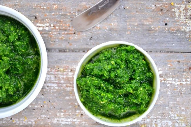 Easy Spinach-Almond Pesto