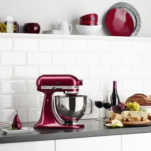 win-a-kitchenaid-stand-mixer-featured