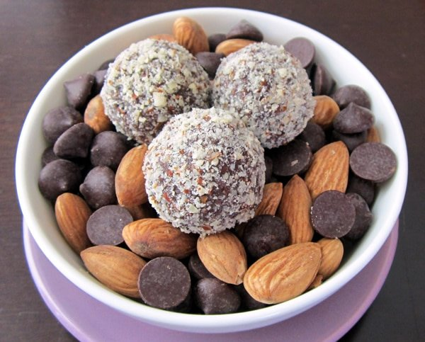 Healthy Dairy-Free Chocolate Truffles