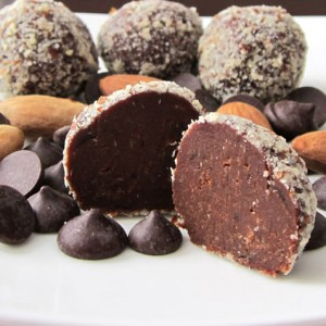 Healthy Dairy-Free Chocolate Truffles