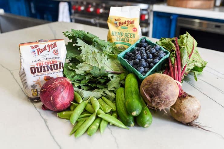 kale quinoa salad ingredients
