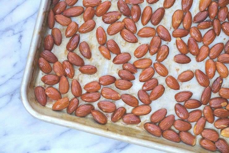 Homemade Roasted Almonds